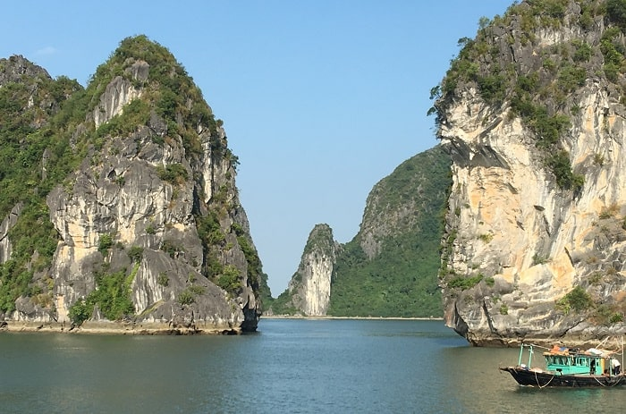 Vietnam Halong Bay Karsts