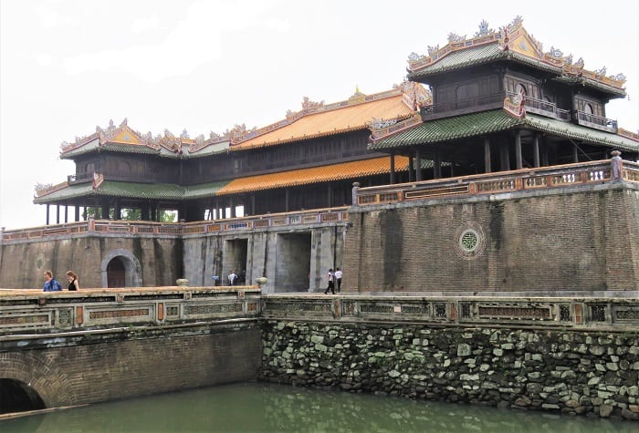 Hue-Entrance-to-Citadel