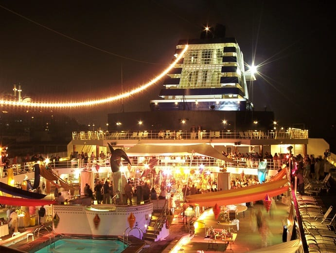 Cruising - The Deck of the Galaxy in Instanbul