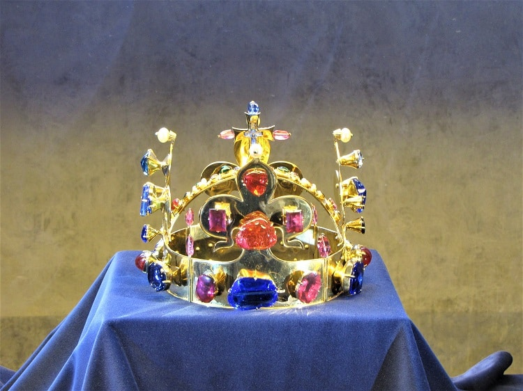 Cultural  Connections - Prague Castle - Crown Jewels