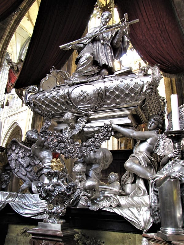 Prague Castle - Silver Sculpture