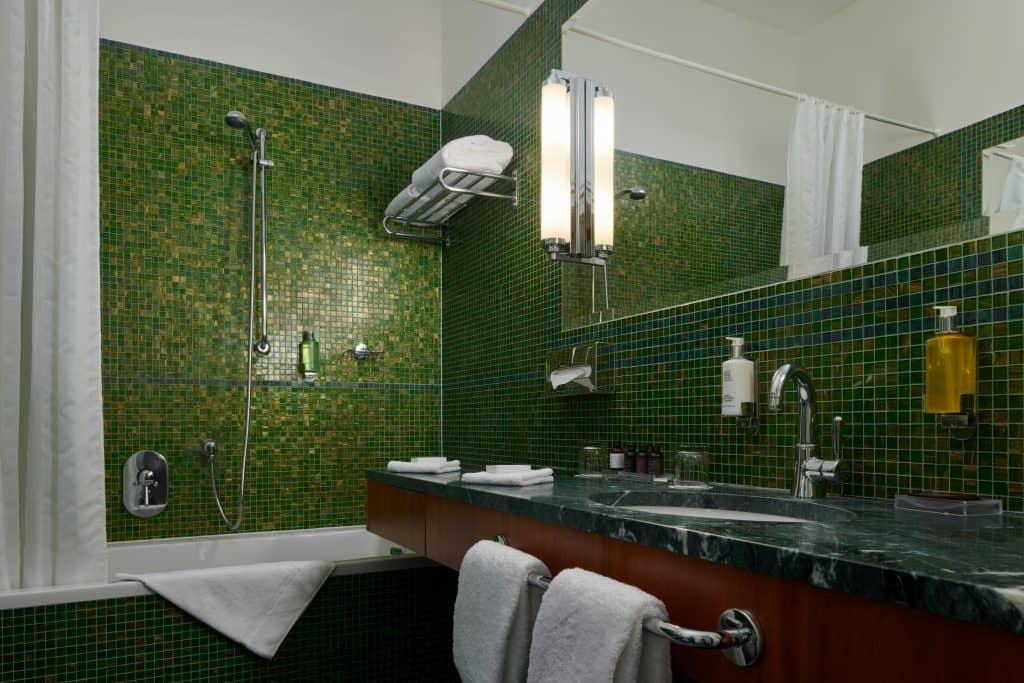 Ventana Hotel - Bath