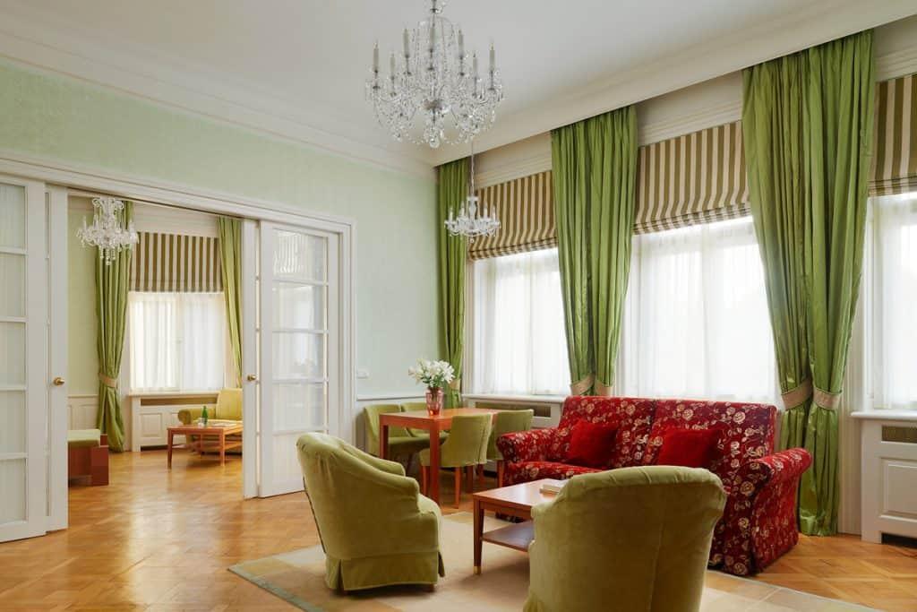 Ventana Hotel - Sitting Room