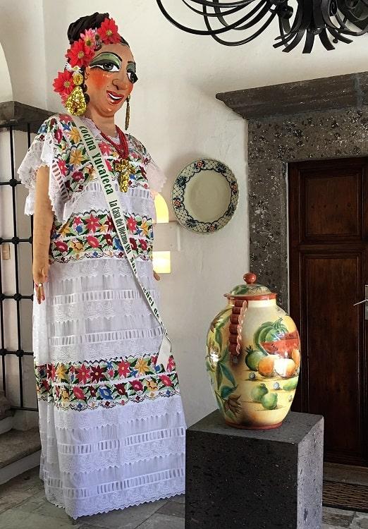 Artwork on Display at Casa de Diezmo
