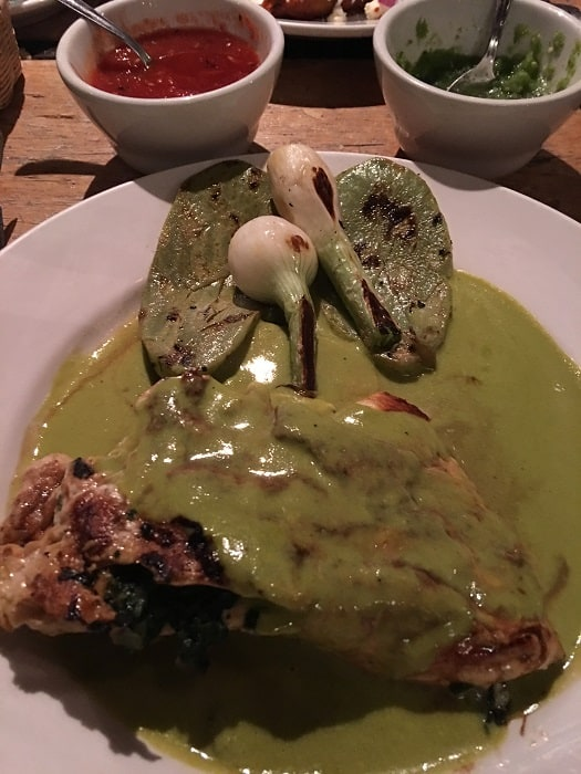 Chicken Smothered In Green Sauce