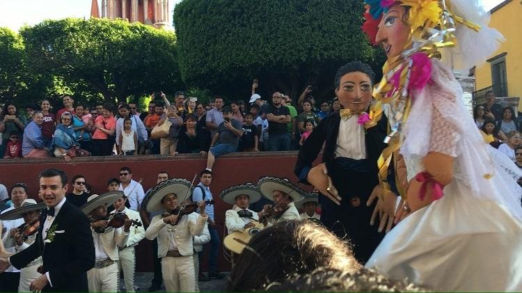 Wedding Mariachi Bank - San Miguel de Allende