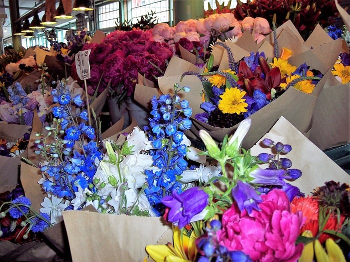 Pike Place Flower Stall
