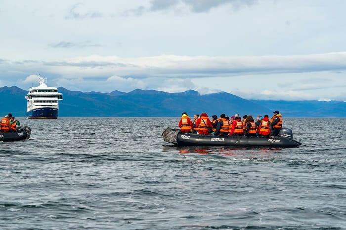 Antarctica-Tierra-Del-Fuego-Sailing-Ship