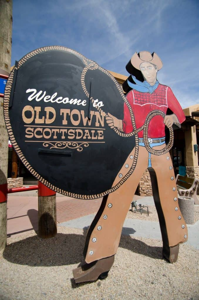 Things to do in Phoenix - Window Shopping in Old Town Scottsdale