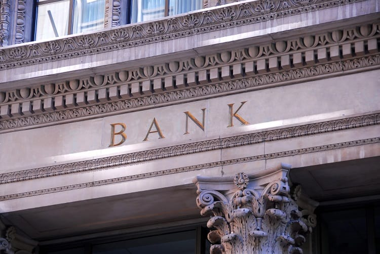 Assess Your Banking Relationships