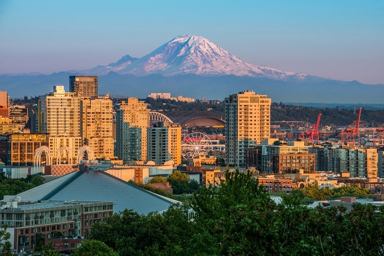 Seattle SkyLine with Mt. Ranier