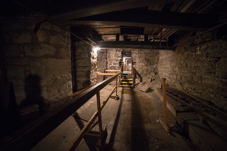 A Glimpse Back In Time on The Seattle Underground Tour