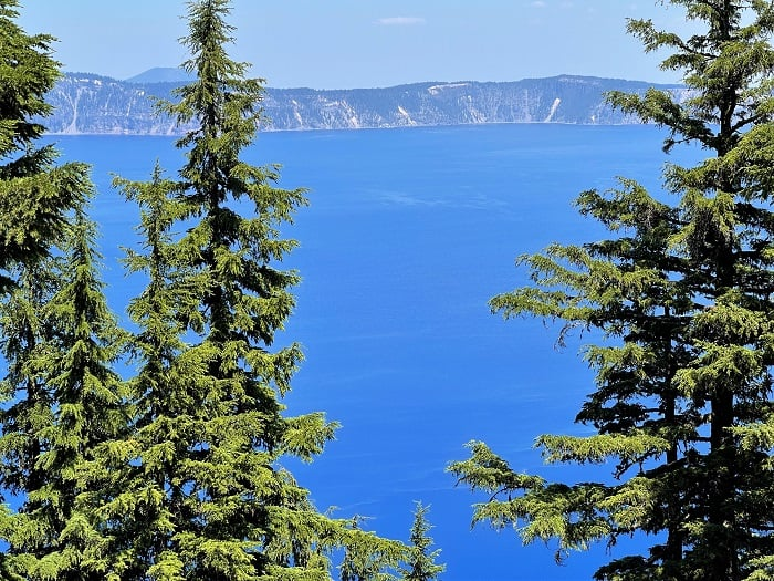 Views of Crater Lake - driving from San Francisco to Bend