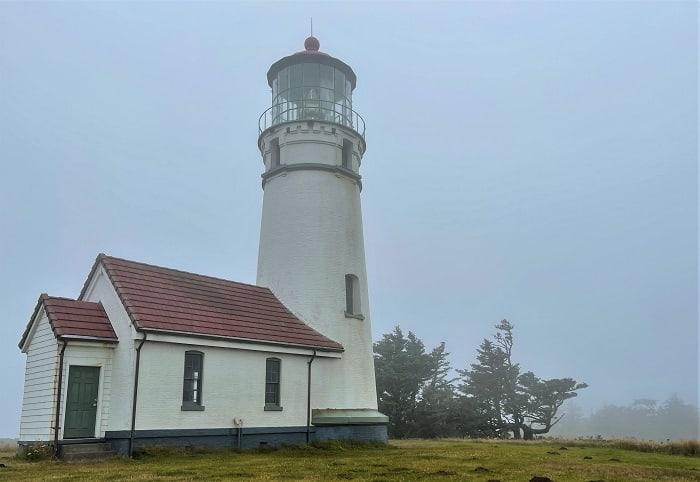 Cape Blanco Lighthouse - Coastal Oregon And Northern California