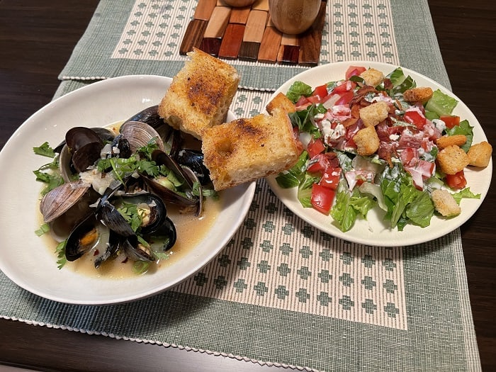 Steamed Mussels and Clams Dinner